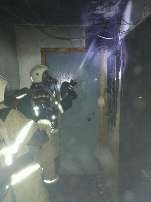 Трое жильцов казанской девятиэтажки эвакуировались из-за замкнувшего электрощита