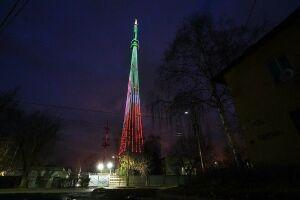 Сразу пять объектов окрасились в цвета флага Татарстана в День Конституции РТ