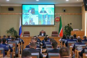 Минниханов согласовал реализацию 12 новых инвестиционных проектов в Татарстане