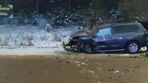 Водитель иномарки погиб после лобового столкновения с внедорожником в Татарстане