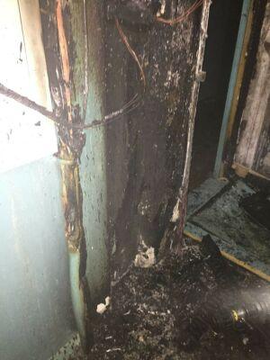 Пожарные в Альметьевске эвакуировали жильцов из дома после возгорания проводки