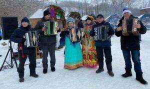 В Менделеевске на Рождественской ярмарке пройдут фестиваль сбитня и конкурс санок