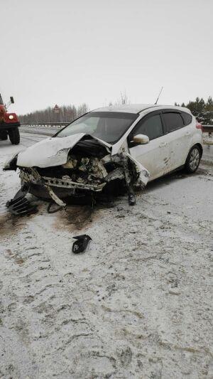 Автоледи, выехав на встречку в РТ, устроила ДТП с тремя авто, двое пострадали