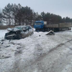 Один человек погиб и двое пострадали в массовом ДТП с грузовиками на трассе в РТ