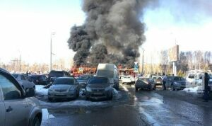 «Нерискуйте пассажирами»: Метшин отчитал транспортников загорящие трамваи