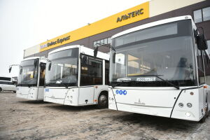 До Нового года Челны получат еще пять автобусов большой вместимости
