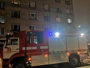Из пожара в пятиэтажке в Заинске эвакуировали 33 взрослых и 8 детей