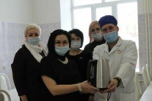 Альметьевский союз женщин поддержал пациенток перинатального центра