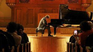 «Это большое счастье»: Сладковский иМацуев открыли музыкальный фестиваль
