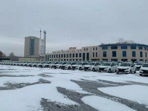 Президент РТ передал сельским больницам новые автомобили