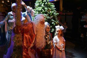 В Нижнекамске провели новогоднюю елку для детей с онкологией