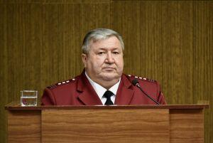 Главный санврач Челнов рассказал, поддерживает ли всеобщую вакцинацию от Covid-19