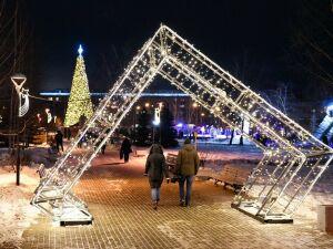 В Казани в парках и скверах подготовили «Сказочные прогулки»