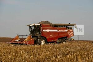 Татарстан признан лидером в России по обновлению парка сельхозтехники в лизинг