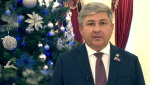 Михаил Афанасьев поздравил зеленодольцев с Новым годом в стихах