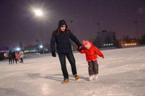 На челнинском «Медео» залили лед, к запуску готовятся и другие катки