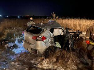 Женщина погибла в ДТП с грузовиком и авто в РТ, малыш и двое взрослых в больнице