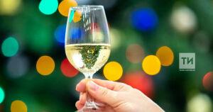 В прошлый Новый год два татарстанца получили травмы глаз, открывая шампанское
