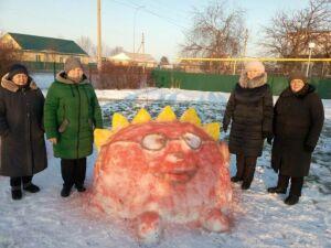 Алькеевский парк «Труженикам тыла» украсили ледяные персонажи мультфильмов