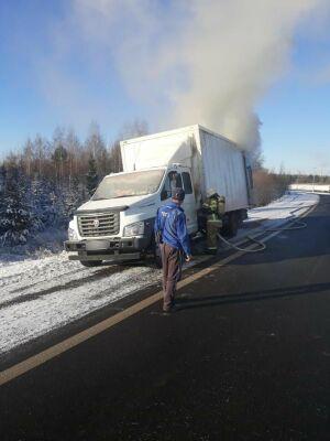 У нижегородского грузовика вспыхнул обогреватель на трассе в Татарстане