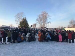 В Алькеевском районе праздником на катке открыли зимний сезон