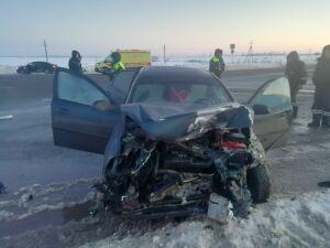 Один человек погиб и четверо пострадали в страшной аварии на трассе в РТ
