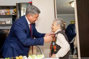 Ветераны Зеленодольского района получили медали «75 лет Победы» и спели «Катюшу»