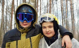 Подростки и взрослые устроили военный концерт в зимнем лесу близ Нижнекамска