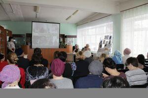 Кукморцам представили творчество переводчицы Сурайи Гайнуллиной, проживающей в США