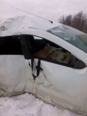 Четыре человека получили травмы в ДТП с фурой и легковушкой на трассе М7 в Татарстане