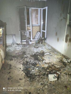 Из высотки в Казани спасли 2 человек, которые не могли выйти из-за пожара у соседей