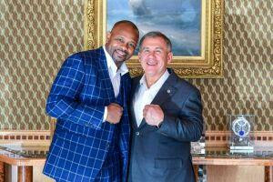 Минниханов обсудил с Роем Джонсом перспективы развития бокса в Татарстане