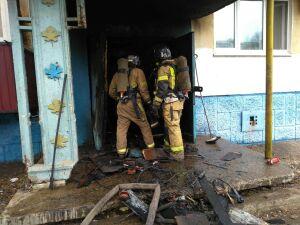 Троих детей спасли из пятиэтажки в Альметьевске, в подвале которой вспыхнул пожар