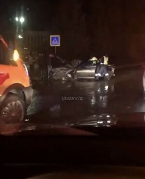 Юноша на иномарке насмерть сбил девушку в Казани, которая перебегала дорогу в темноте
