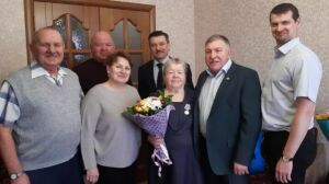 Бывшей узнице концлагеря из Лениногорска вручили юбилейную медаль