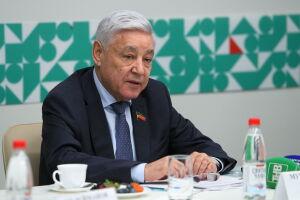 Мухаметшин укрепился в рейтинге самых популярных глав заксобраний регионов РФ