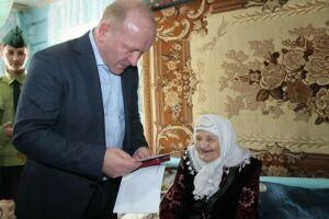 Долгожительница Дрожжановского района получила именное поздравление от Президента РФ