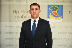 Депутаты единогласно выбрали руководителем исполкома Челнов Фарида Салахова