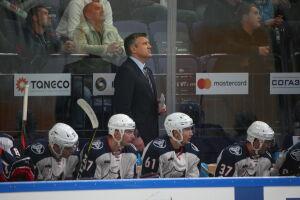 Вячеслав Буцаев продолжит тренировать «Нефтехимик»