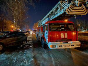 Два человека спаслись из пожара, вспыхнувшего в оздоровительном комплексе в Челнах