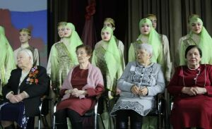 Тружениц тыла и вдов чествовали на весеннем концерте в Менделеевске