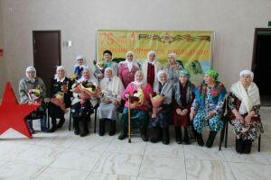 Кукморских ветеранов наградили медалями в честь 75-летия Великой Победы