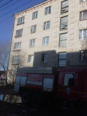 Один человек стал жертвой пожара, вспыхнувшего рано утром в Казани