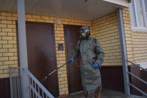 В Алексеевском районе РТ проводится дезинфекция подъездов многоквартирных домов