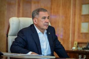 Минниханов поручил проработать возможность открытия парикмахерских в Татарстане