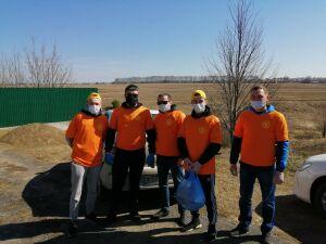 Высокогорские волонтеры раздали бесплатные продуктовые наборы многодетным семьям
