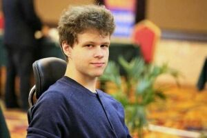 Казанский шахматист выиграл онлайн-турнир, завоевав 5 тыс. долларов