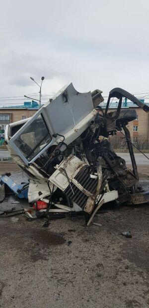 В Альметьевском районе РТ опрокинулся грузовик из Самары, водитель в больнице