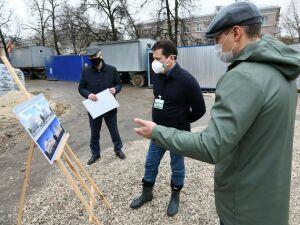 Метшин оценил ход реконструкции ДК железнодорожников в поселке Юдино