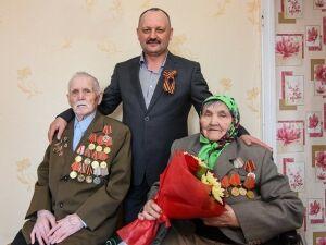 Промышленники Нижнекамска начали делать ремонт в квартире 94-летнего участника войны